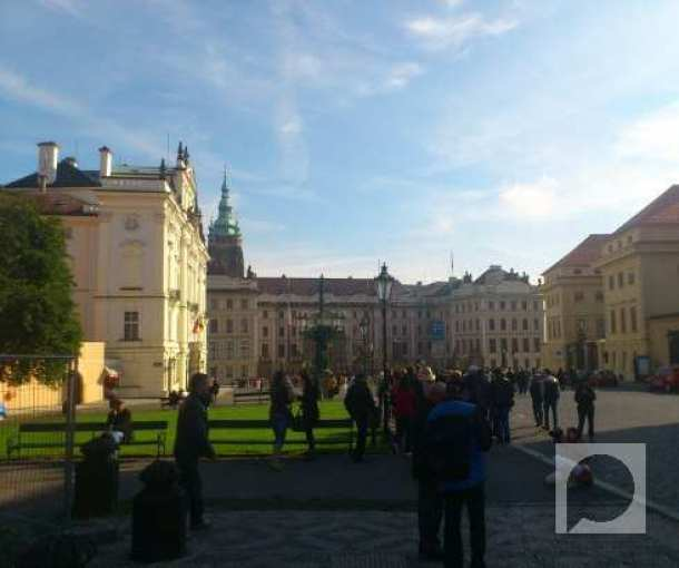 Praški zamak na Hradčanima – Prag iznad Praga