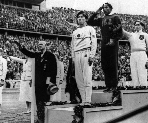 Šampion Džesi Ovens: Jedna ne tako crno-bela priča