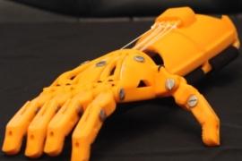 Mehanička veštačka šaka iz 3D štampača