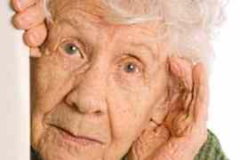Stručnjaci upozoravaju – Ne čistite uši štapićima!