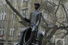 Kafka – bespomoćan pred državom i samim sobom