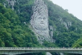 Lice kralja Decebala nad Dunavom u Đerdapu