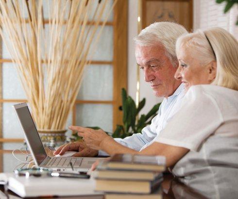 Stariji oprezniji na internetu, ali lošije reaguju kada nastane problem