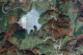 Jezero od šljake na Besnoj Kobili