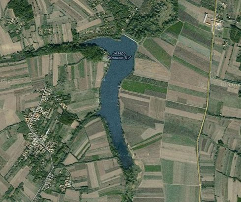 Jezero kod Vlaškog Dola