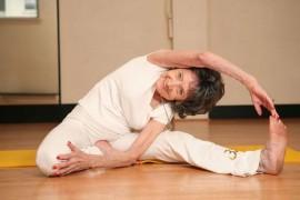 Tao Poršon-Linč, 96-godišnja učiteljica joge