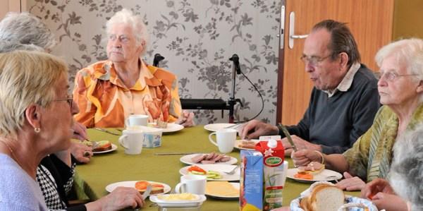 Hogevej naselje dementnih osoba obedovanje
