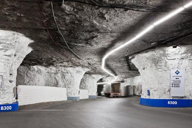 SubTropolis: Oni rade u rudniku, ali… (foto galerija)