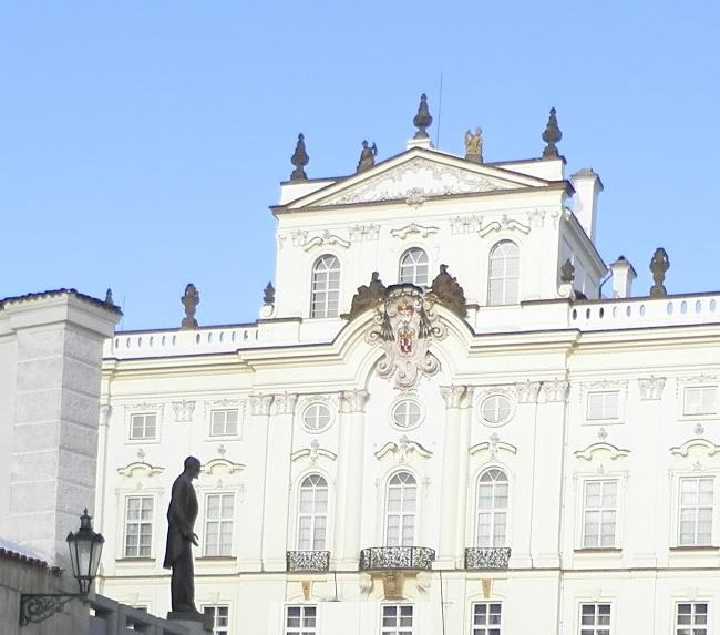 Tomaš Masarik, spomenik na praškim Hradčanima