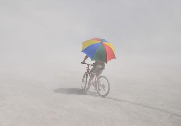 Biciklom po lekove, penziju ili zaboravljeni pasoš – kurirska služba Eko kurir iz Novog Sada