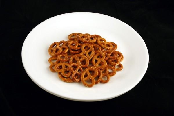 slane perece - 52 grama = 200 kalorija