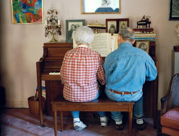klavir baka i deka brak muzika sviranje