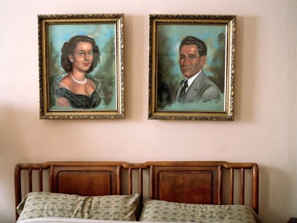 uzglavlje krevet brak slike ram
