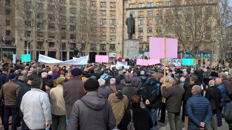 Govor Jovana Tamburića (USPVLS) na protestu penzionera u Beogradu (VIDEO)