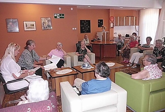 Volonterski servis Zvezdara u poseti domovima za stare