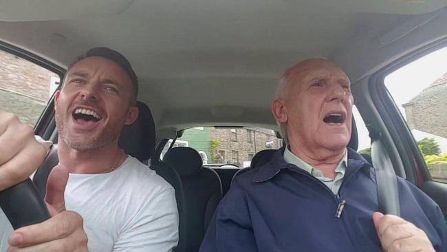 Zašto pevanje može pomoći ljudima sa demencijom (video)