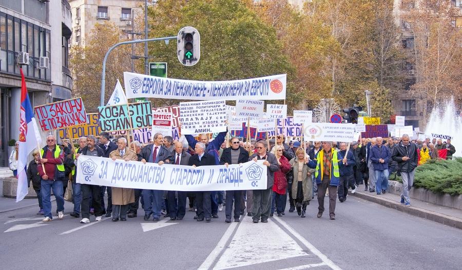 Penzinov izveštaj sa protesta penzionera 1. novembra 2016. u Beogradu (FOTO)