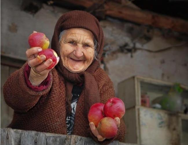 Todorović: Položaj starijih na selu u Srbiji