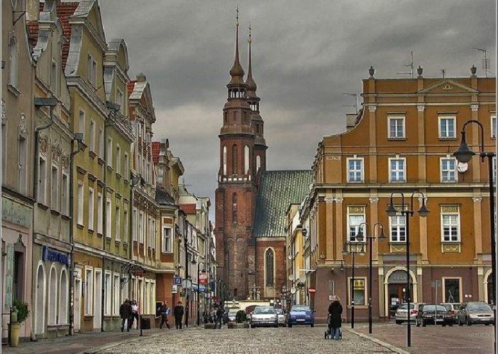 Poljska ukida poreze kako bi privukla mlade da se vrate