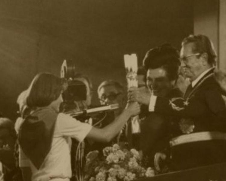 Radmila (Novi Sad): Nosila sam Titovu štafetu – Misaoni putopis kroz detinjstvo i mladost