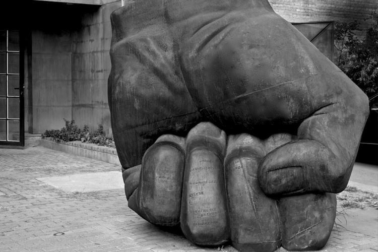 Živeo Praznik rada! – Godine su prošle pune muka, ginulo se za slobodu nijemo…