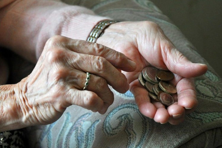 Moratorijum na otplatu kredita tražilo 94 odsto građana