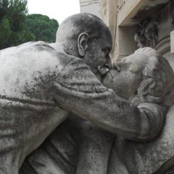 "Nakon smrti supružnika, rizik od smrti usled ""slomljenog srca"" raste"