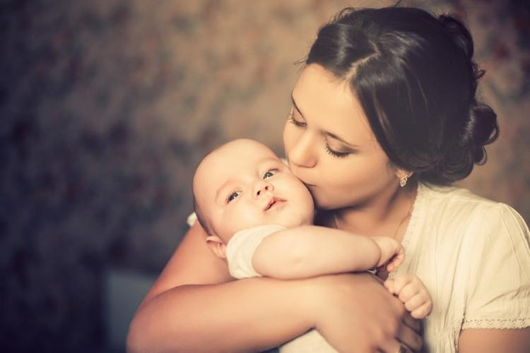 Vojvodina: Nezaposlenim majkama 15.000 dinara za treće ili četvrto dete