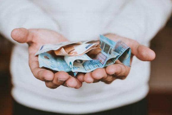 Jalovo jačanje dinara