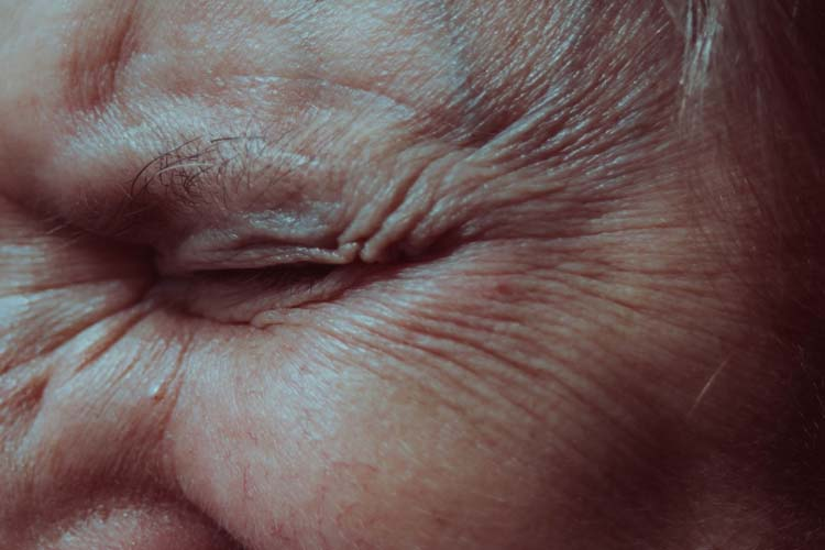 Starija osoba glavobolja demencija