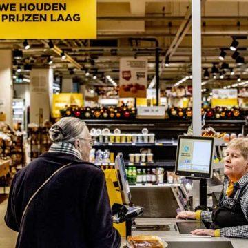 Spore kase za starije u supermarketima