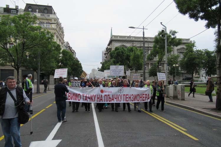 """USPVLS: Protest """"Penzioneri pitaju"""""""