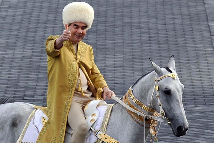 Turkmenija, zemlja u kojoj je seda kosa imperativ