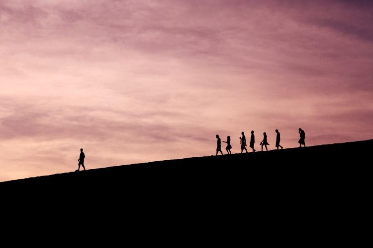 Zašto nam je neprirodno socijalno distanciranje?